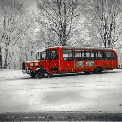 bus-rot-festung
