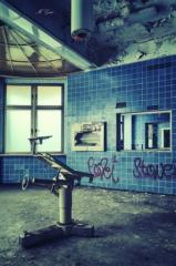 krankenhaus-op-tisch