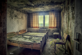 lost-place-schlafzimmer