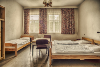 lost place eingerichtet hotel